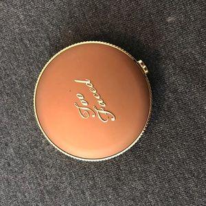 Too Faced bronzer in medium